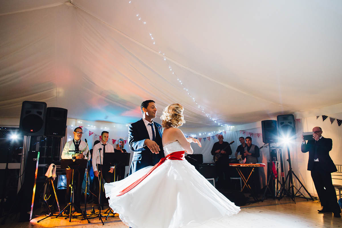 Southsea Wedding Photographer First Dance