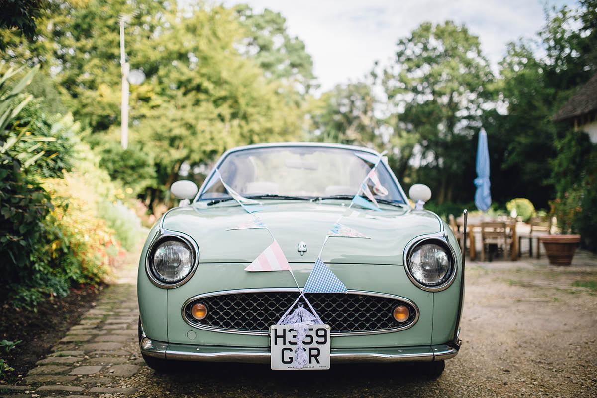 Burley Wedding Photographer Green Figaro