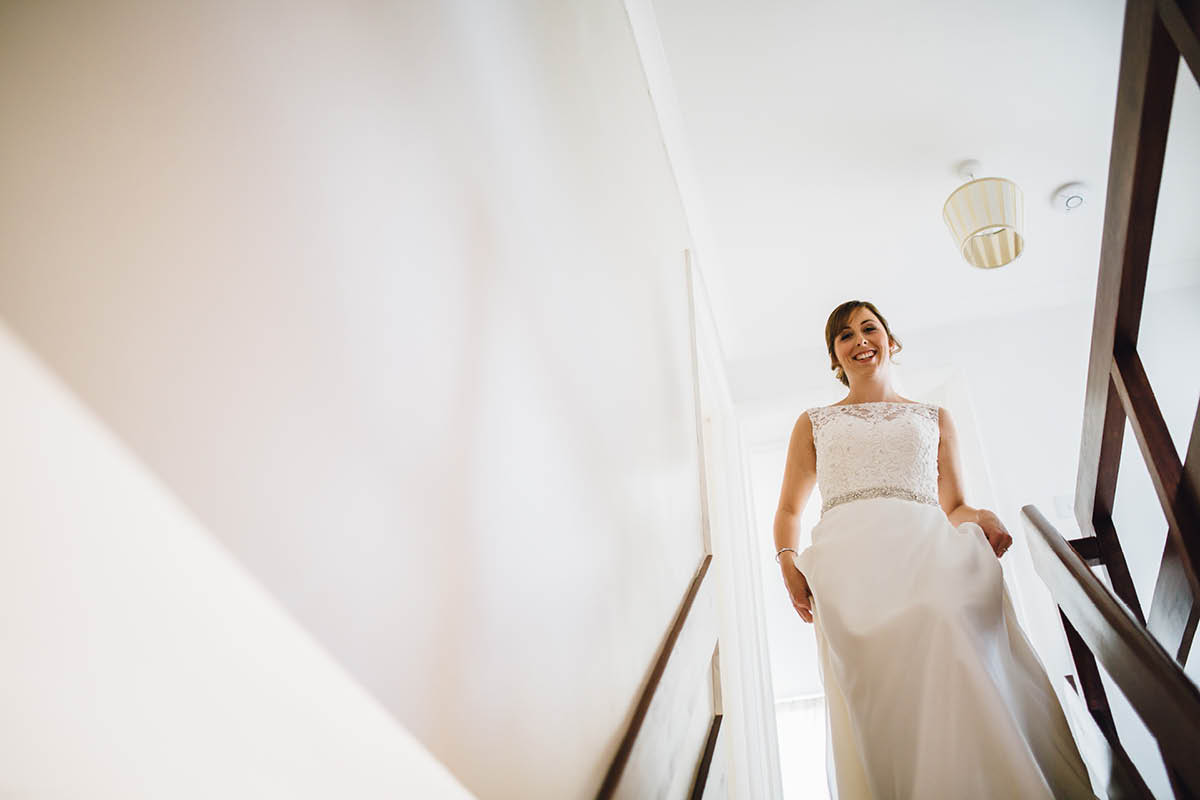 Elmers Court Wedding Bride Leaving to go to the Venue