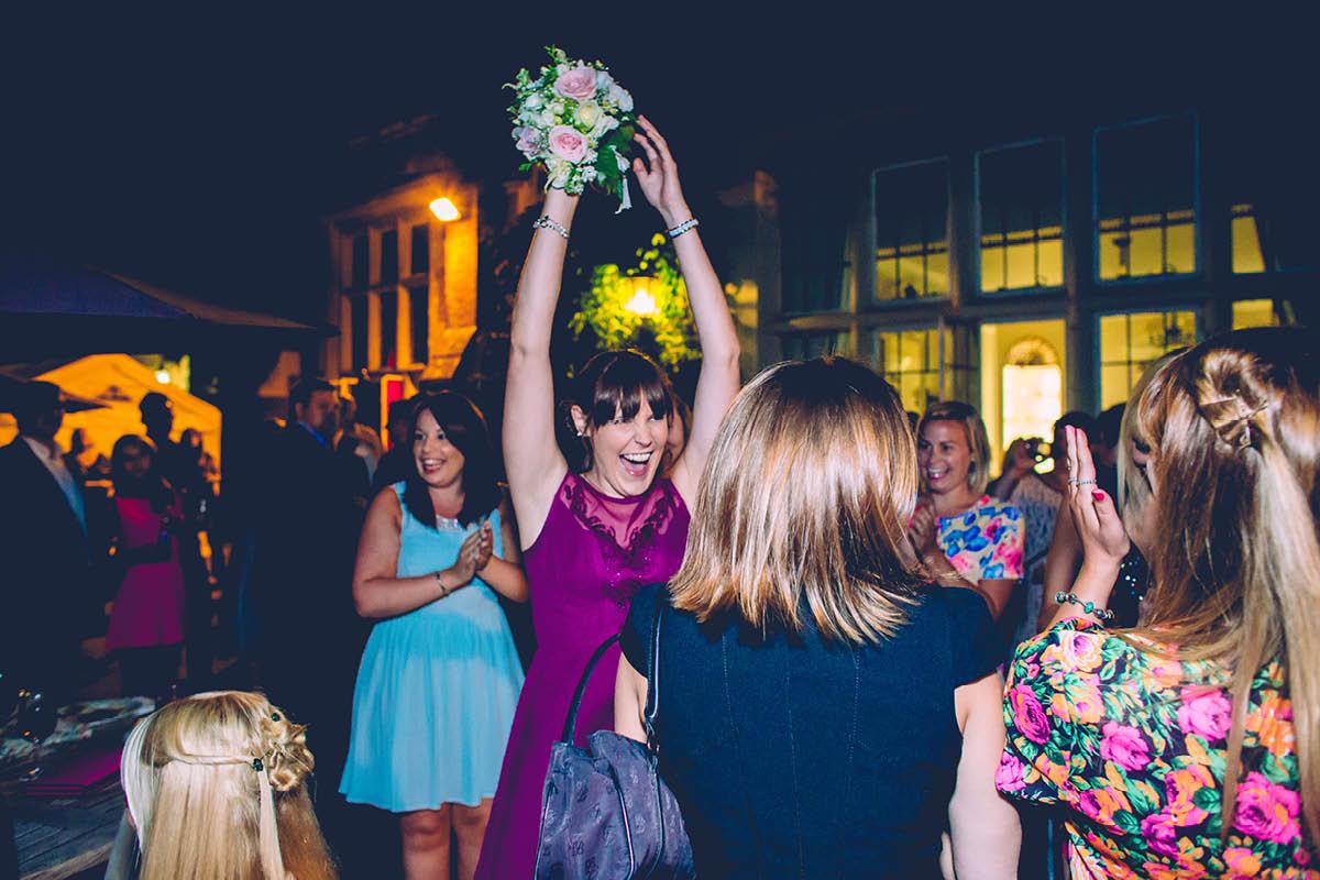Elmers Court Wedding Bouquet Catch