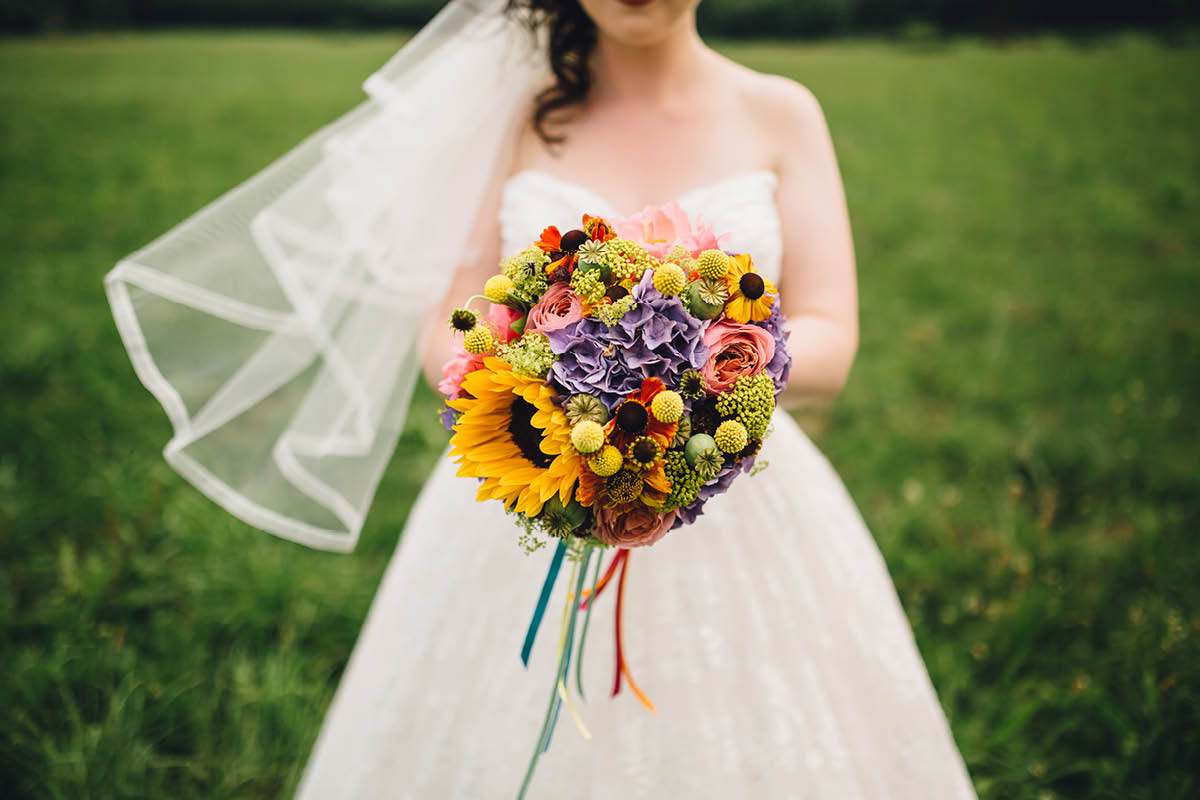 Festival Wedding Photographer - Bouquet