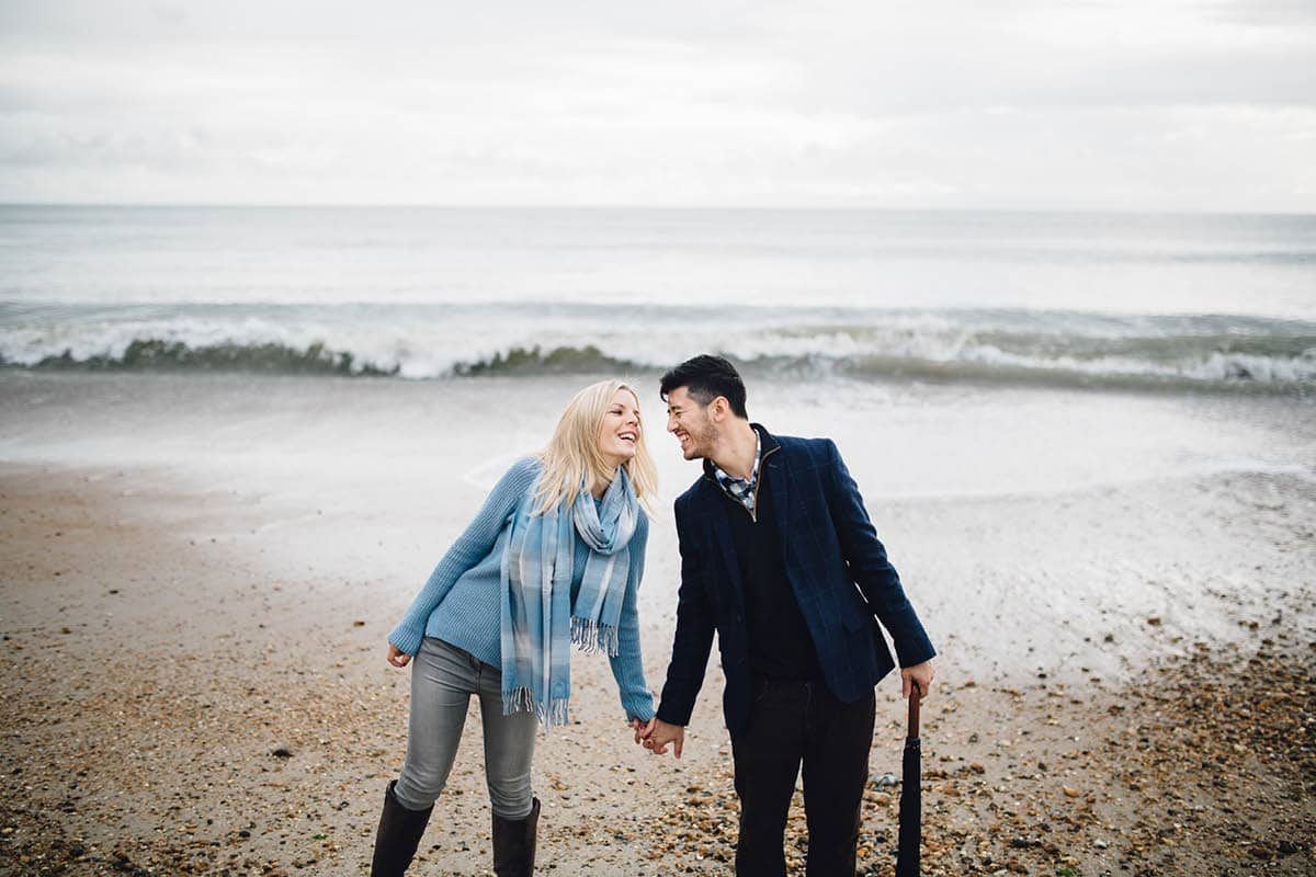dorset engagement photography - portraits by the waves